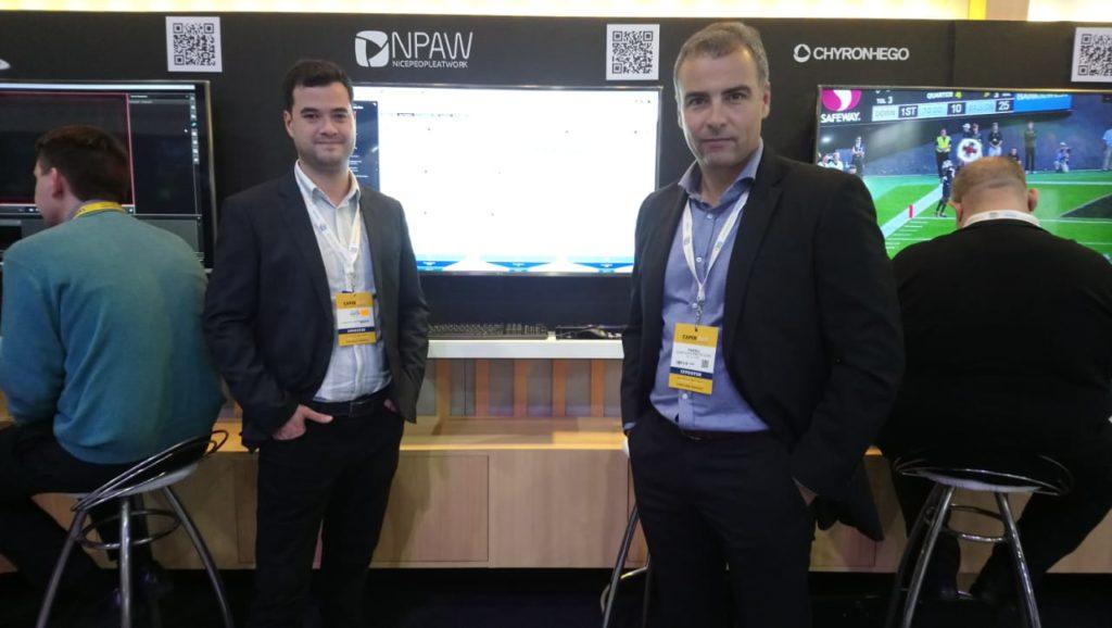 Fillipe Santos, Customer Engineer junto a Thadeu Coelho Cata Preta Junior, VP Sales Latin America, ambos de NPAW en CAPER SHOW 2019