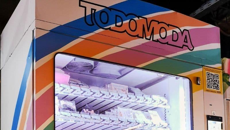 Las máquinas expendedoras se encuentran ubicadas en estaciones de subte y en shoppings de Santiago de Chile